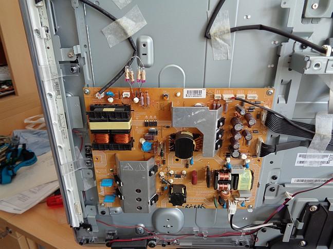 monitor reparieren. Black Bedroom Furniture Sets. Home Design Ideas